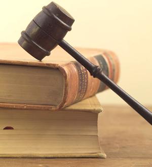 弁護、刑事