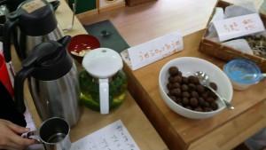 手作りのちまき、お菓子、コーヒー、アイスティーなど充実したラインナップ!
